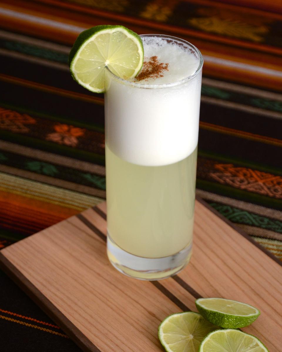 Das originale Pisco Sour Rezept – Pisco, Eiweiß, Limetten und Sirup