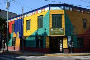 Bunte Häuser im Caminito von La Boca