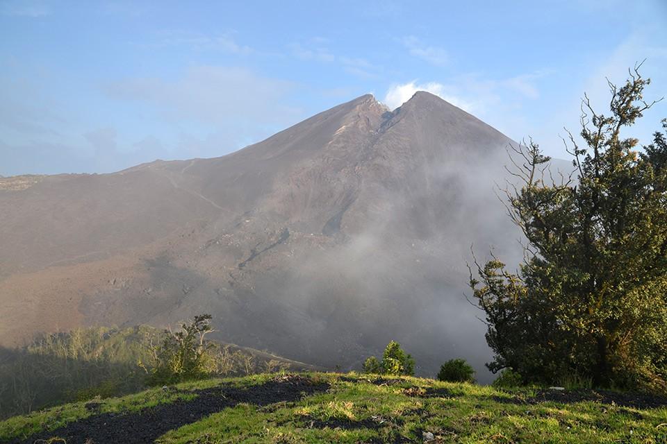 Die 10 aktivsten & sehenswertesten Vulkane in Lateinamerika am Pazifischen Feuerring