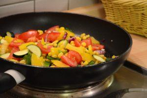 Gemüse-Pfanne für Fajitas