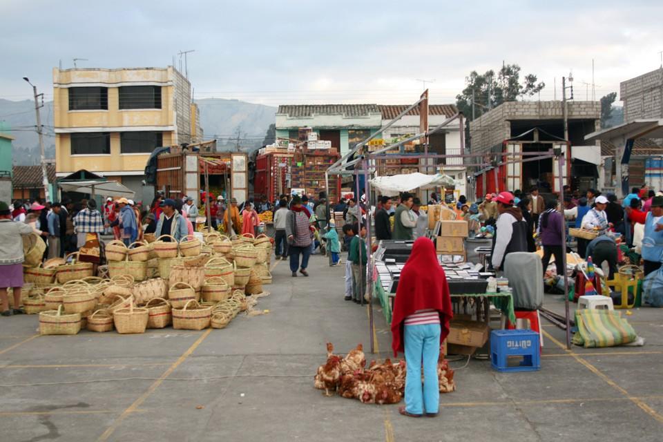 Der Quilatoa-Loop in Ecuadors Anden – Ein unvergessliches Abenteuer