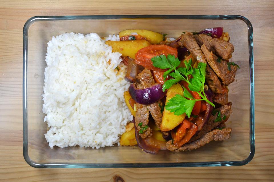 Peruanisches Lomo Saltado – Landestypisches Original-Rezept