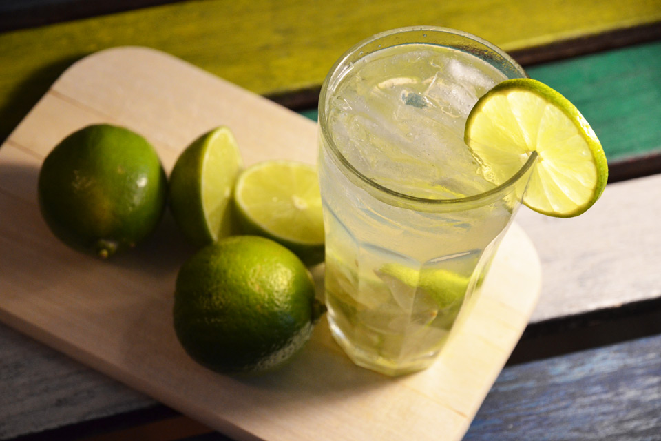 brasilianischer caipirinha – original rezept des cocktails