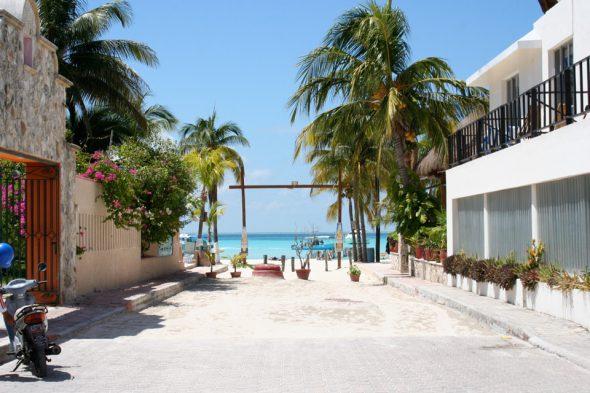 Strandzugang zum Playa del Norte, Isla Mujeres, Mexiko
