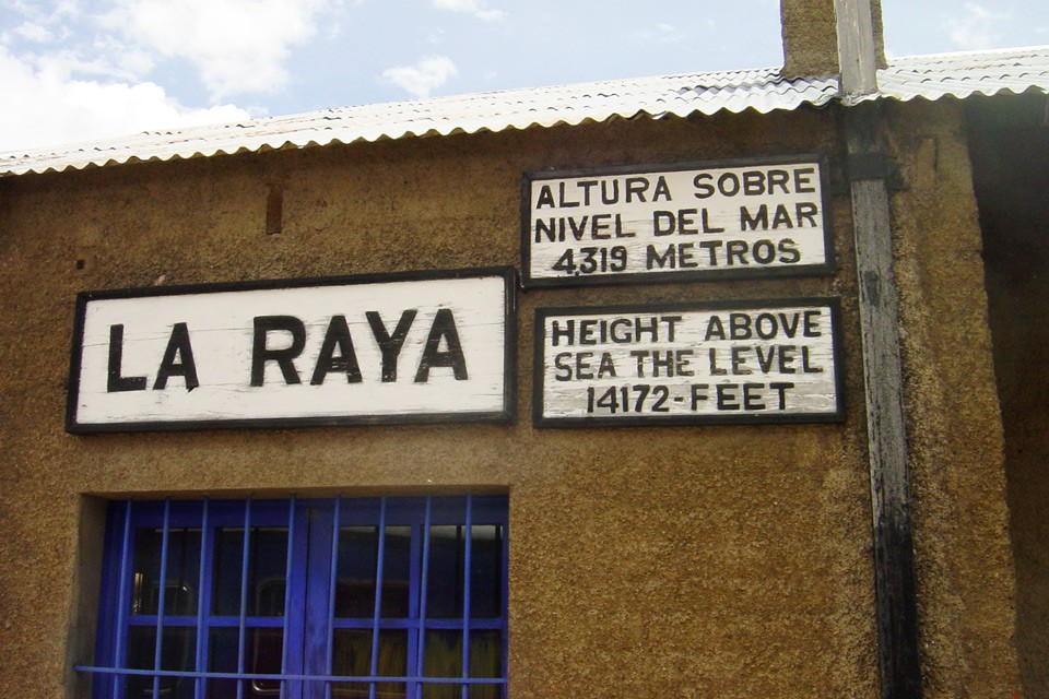 La Raya, Andean Explorer, Peru