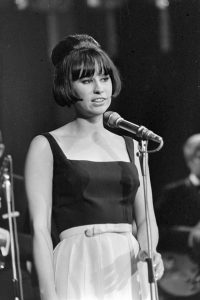 Astrud Gilberto – The Girl From Ipanema