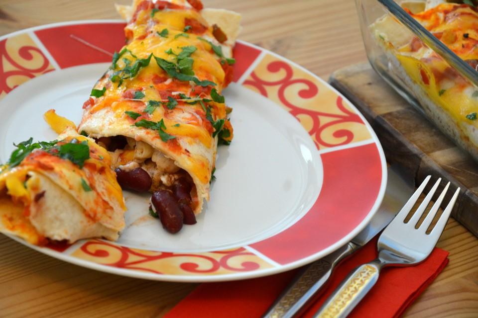 Fertige Enchilada auf dem Teller