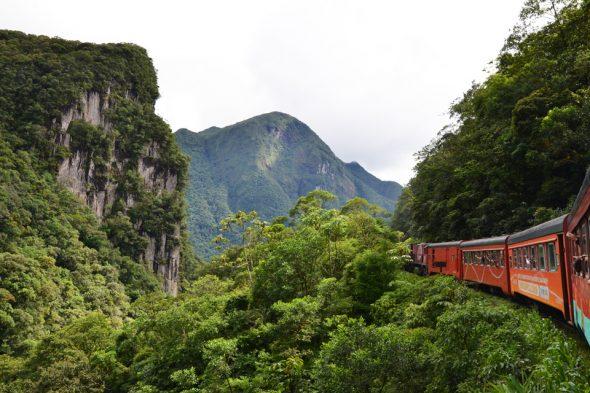 Zugfahrt Curitiba – Pranaguá