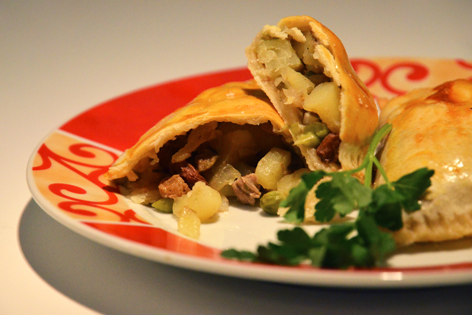 Das Original-Rezept für bolivianische Salteñas (Empanadas)