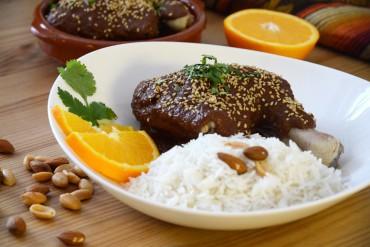 Rezept – Mole Poblano (Chili-Schoko-Sauce aus Mexiko) mit Huhn