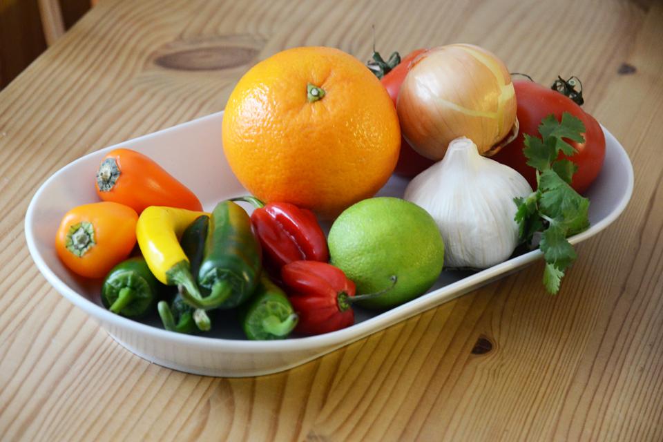 Obst und Gemüse für Mole Poblano